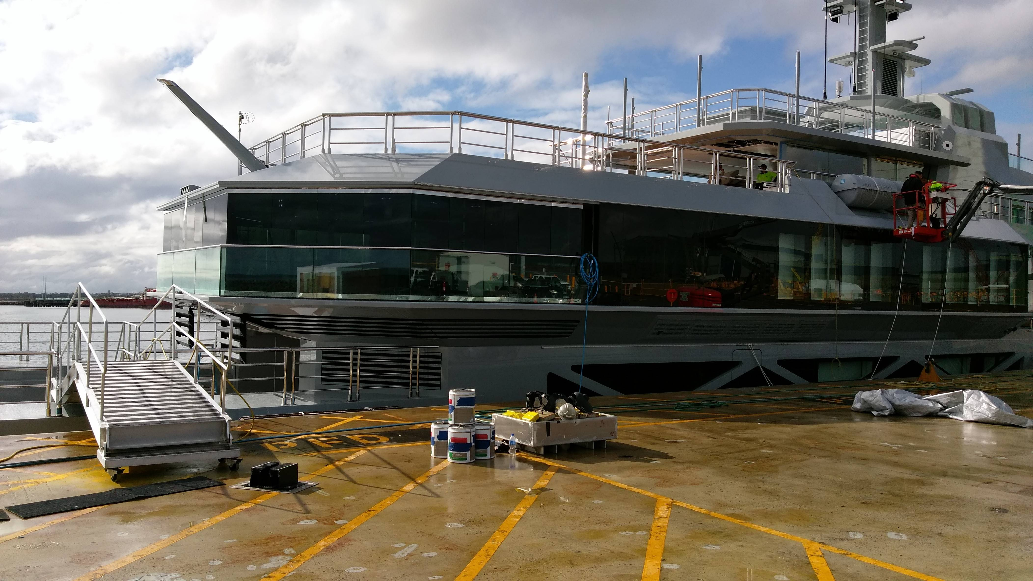 PR20 Super Yacht outside