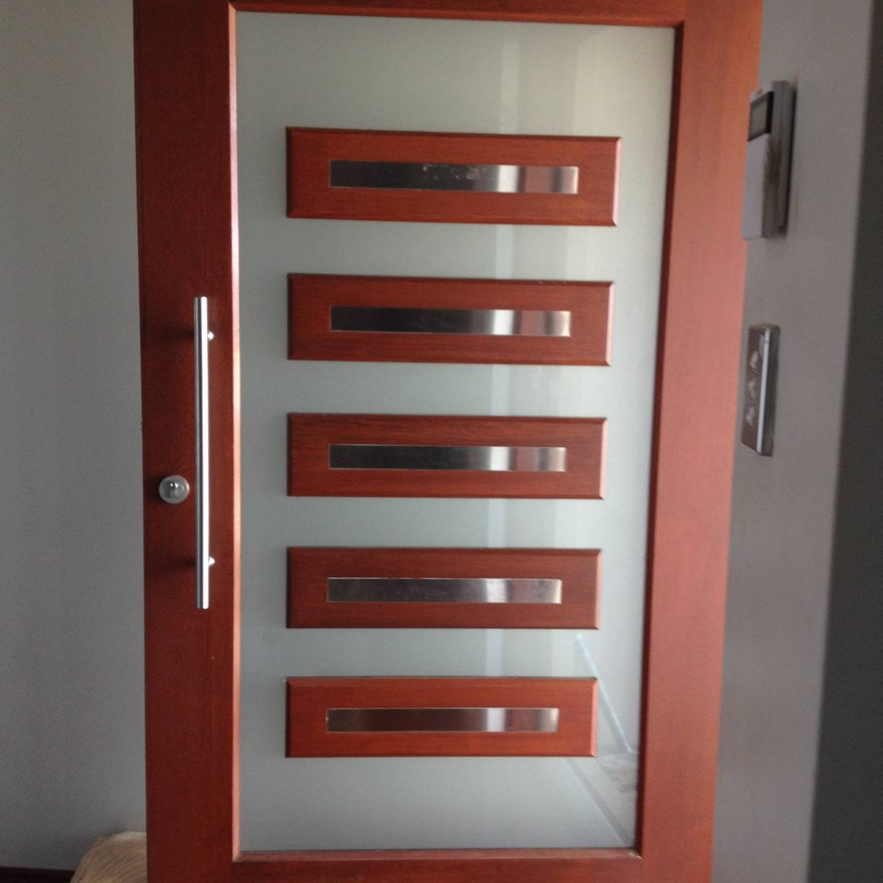 Front entry door frosting