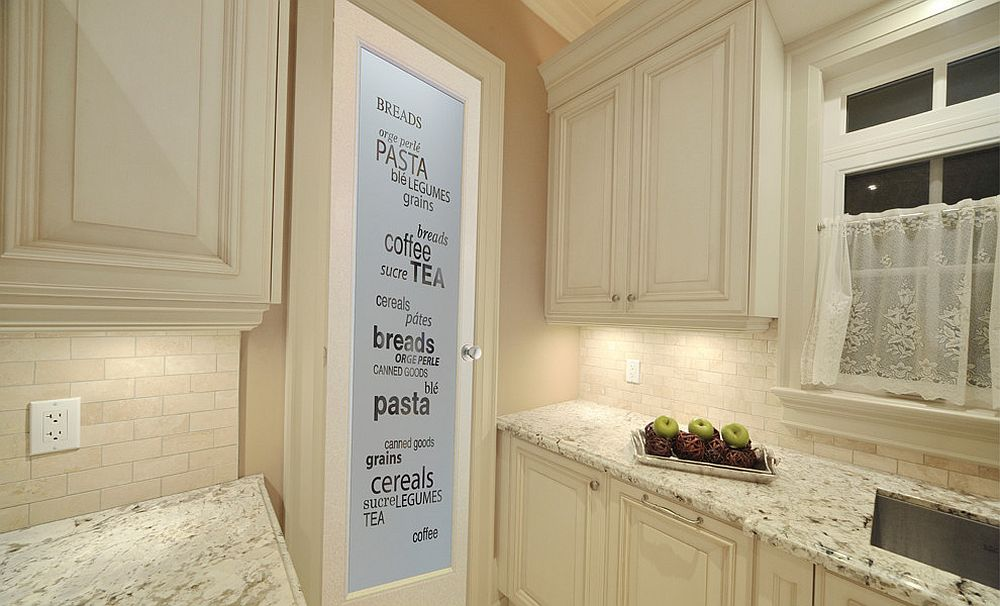 Glass-pantry-door-with-print